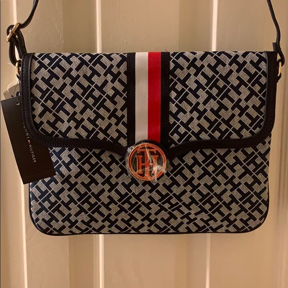 Tommy Hilfiger Handbags - Tommy Hilfiger Messenger/Crossbody Bag